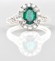 1.50 kt Natural emerald and diamond ring, white gold incl. EGL Certificate