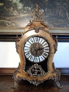 Walnut - Large - Boulle clock - 1977