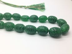 Emerald necklace made from craved leaf beads by hand - total weight 465ct