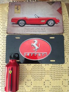Lot of 2 Ferrari plates - plated metallic material + Shell Helix Ferrari water bottle, metallic material