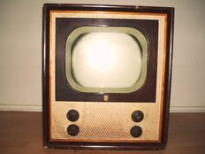 Philips TX400 Television - The Doghouse 1950