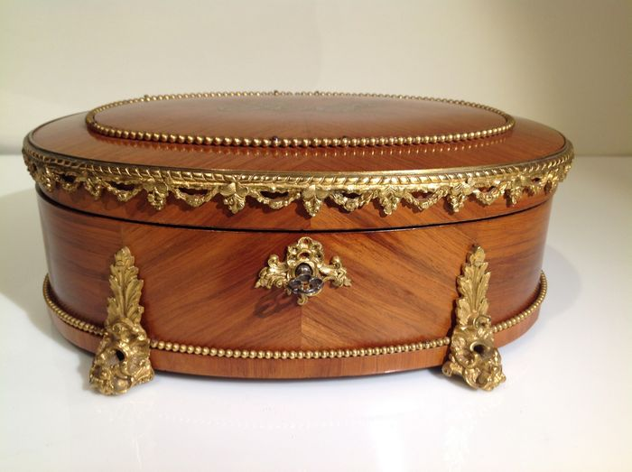 Maison Vervelle Paris - a Napoleon III gilt bronze mounted kingwood jewellery box - France - circa 1850