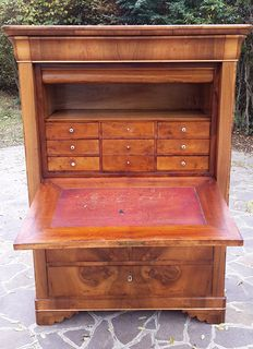Walnut and walnut feather veneered secretaire, Louis-Philippe style - France - mid 19th century