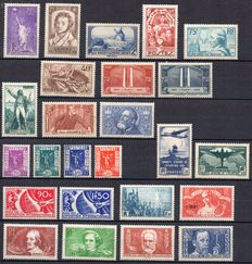 France 1936 - Complete year - Yvert No. 309/333.