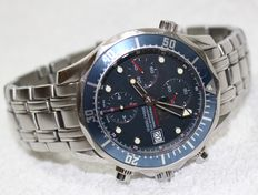 Omega Red Seamaster 300  professional blue chronograph diver - men's - 1990/2000's