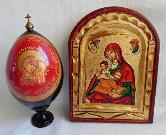 Greek Byzantine icons in wood - mid 20th century
