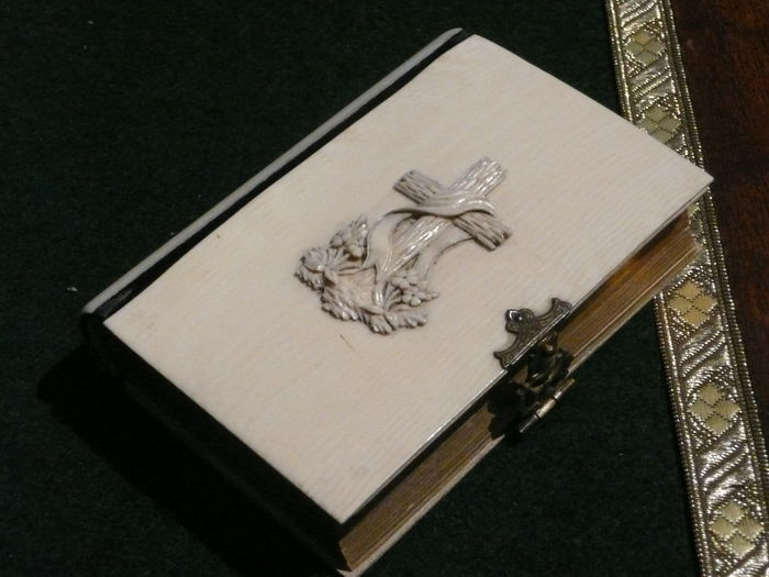 An ivory prayer book with a beautiful monogram - approx. 400 pages. -Brussels, Belgium-1848