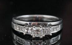 18kt gold diamond twin ring total approx . 1.01ct