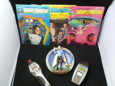 Star Trek - 3D Plate of Commander Spock 30th Anniversary, 3x different Star Trek records and book, 2x laser phasers