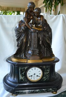 Bronze sculpture with clock on a marble base - Auguste Louis Mathurin MOREAU - Paris, France (1834-1917). Signed and numbered.