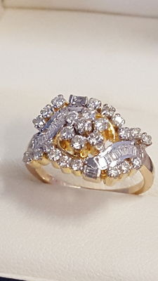 Gold diamond ring approx. 1.17 ct