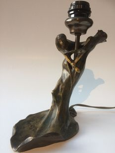 Georges Flamand (1895-1925) - 2 dancing women - Art Nouveau bronze table lamp