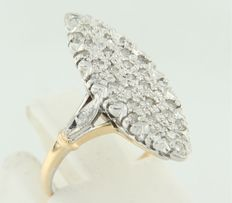 Bi-colour, 18 kt gold ring in marquise shape set with 35 octagonal cut diamonds, ring size 15 (47).