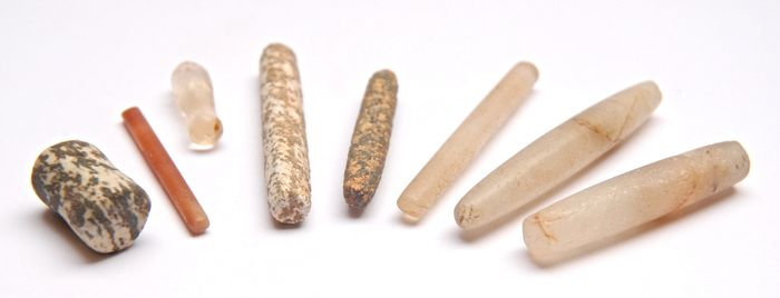 8 neolithic lip plugs 60 to 20 mm 8 catawiki. Black Bedroom Furniture Sets. Home Design Ideas