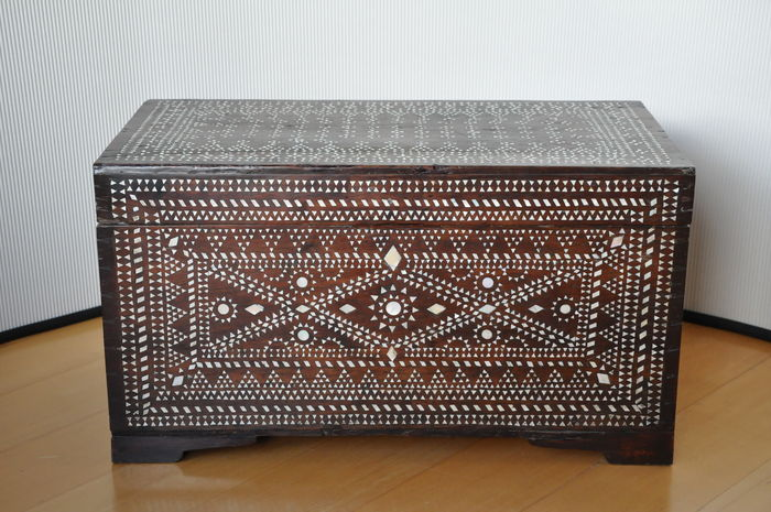 Merveilleux A Heavy Wooden Authentic Storage Box/ Blanket Chest, Syria/Morocco (?)