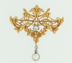 Bicolour gold brooch, 18 kt, set with freshwater cultured pearl and diamond