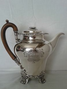 George IV Coffee pot - Benjamin Smith - London - 1824