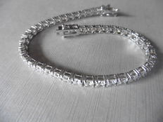 18k Gold Diamond Tennis Bracelet - 10.50ct  I/J, SI2