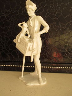 Gerhard Bochmann for Kaiser - porcelain sculpture