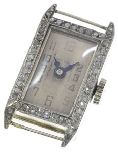Elegant French Art Deco ladies' watch framed with diamonds, anno 1920