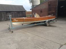 Sharpie - classic wooden sailing boat + trailer - 1960's