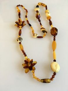 Natural real Baltic amber necklace, 108 cm long, 60 grams