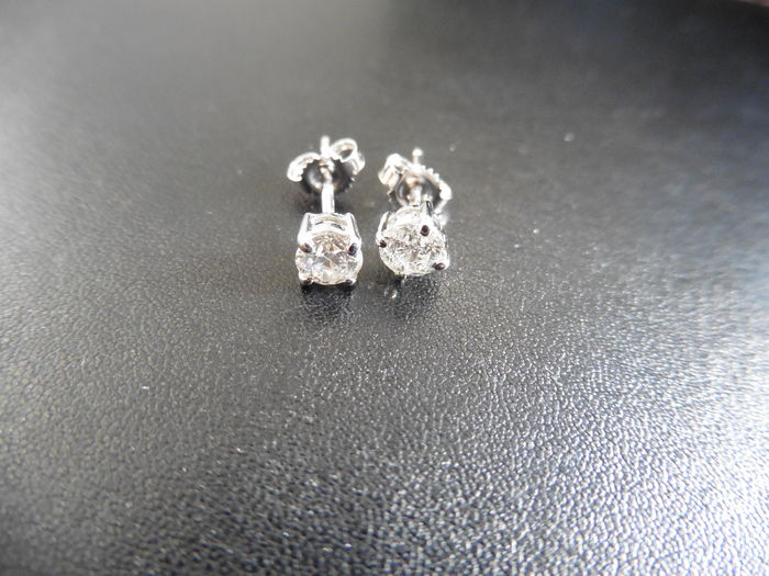 18k Gold Diamond Solitaire Earrings - 1.00 ct