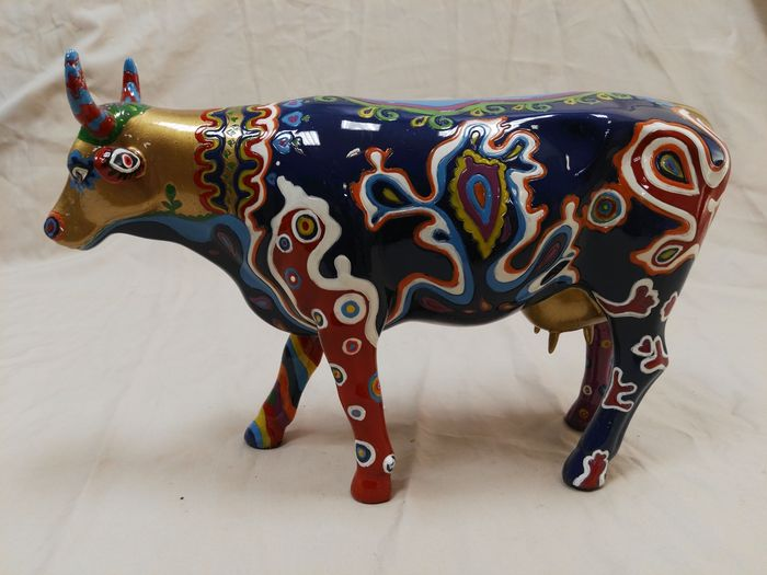 Hung yi cowparade beauty cow decoratie koe 30 5 cm for Decoratie koe