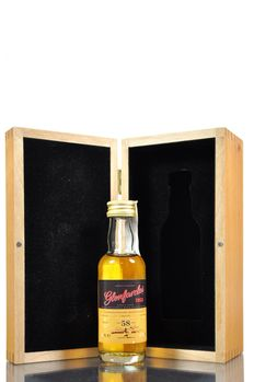 Glenfarclas 1953 - 58 years old 50ml 47.2% ABV