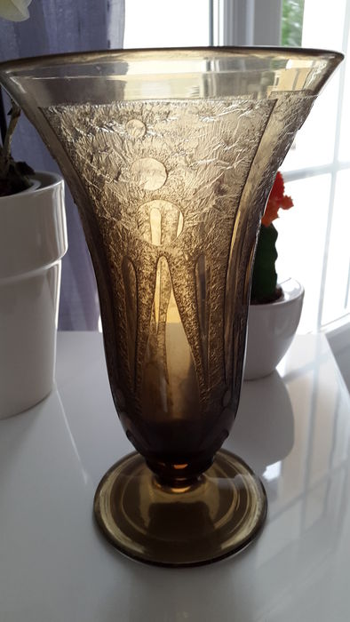 Verame Glass Art Deco Vase With Etched Decor Catawiki