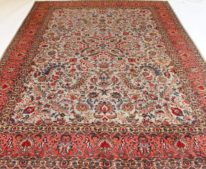 tapis persan tabriz antique style juv nile en couleur pistache vers 1910 iran 250 x 370 cm. Black Bedroom Furniture Sets. Home Design Ideas