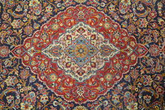 High quality and beautiful oriental Persian carpet Kashan XXL 414 x 310cm. End of the 20th century