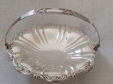 Silver plated cream puff dish with decorated handle on foot, Mapping & Webb