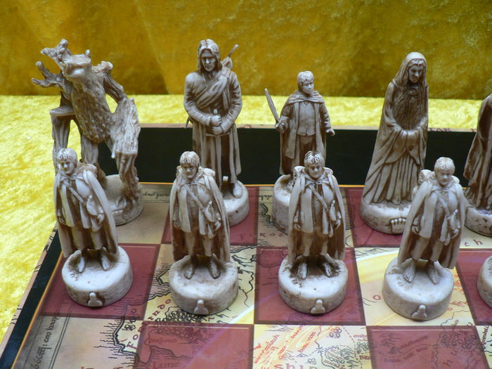 Lord Of The Rings Chess Game Catawiki