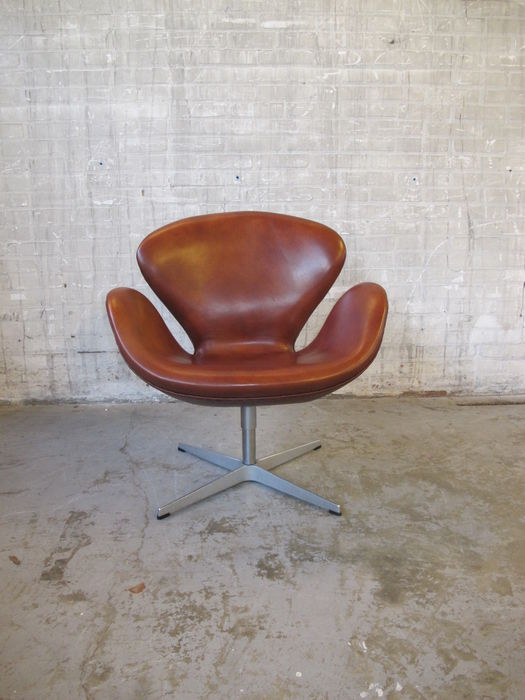 Fritz Hansen Egg Chair Prijs.Arne Jacobsen Fritz Hansen Swan Chair Catawiki