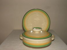 Clarice Cliff - An Art Deco lidded tureen and under dish - Marked and signed, England, 1938