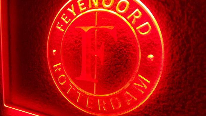 feyenoord logo in rood led neon verlichting