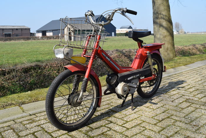 Nieuw Berini - by Gazelle - 50cc moped - around 1970's - Catawiki YP-63