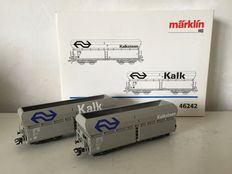 Märklin H0 - 46242 - Set with 2 lime carriages of the NS
