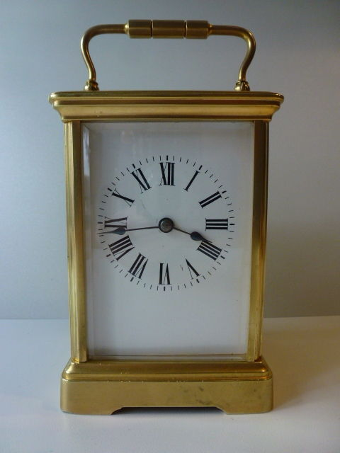 Travelling clock with striking mechanism - Period 1880