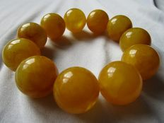 100% Baltic Amber Butterscotch vintage bracelet round beads 66 grams