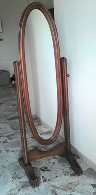 Tilting mirror with stand