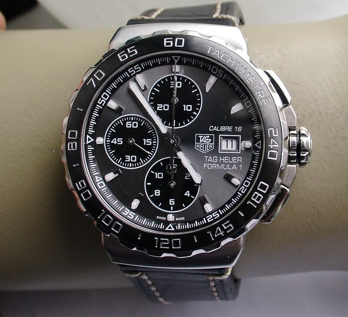 tag heuer formula 1 chronographe montre pour homme 2013 catawiki. Black Bedroom Furniture Sets. Home Design Ideas