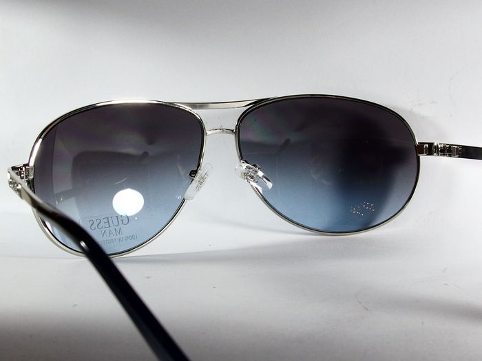 99b94d987b Guess - Lunettes solaire - Homme - Catawiki