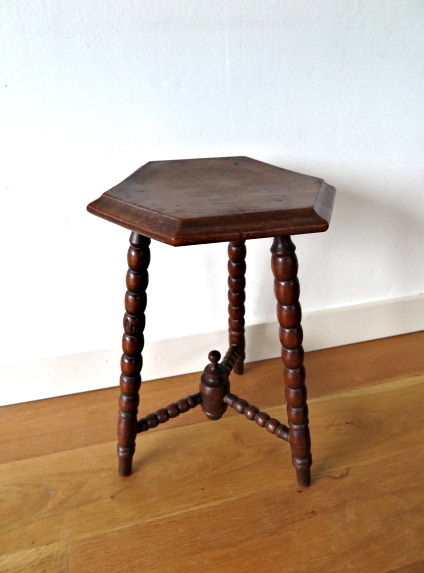 Oak Wood Three Leg Chair With Three Leg End Table   Late 19st/early 20st  Century