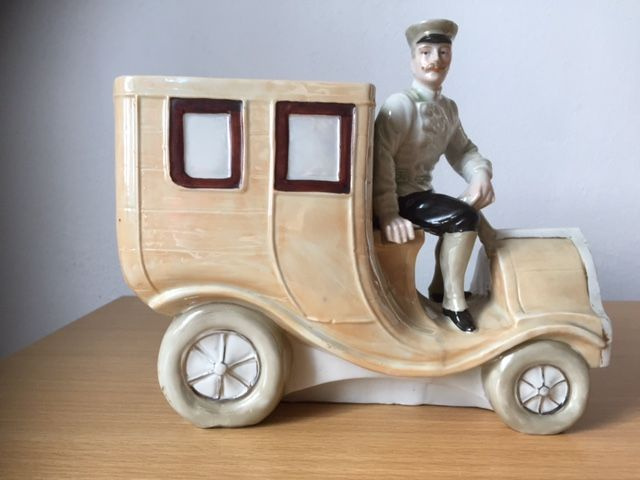Vase Sculpture Of Antique Car With Driver From Porcelain Catawiki