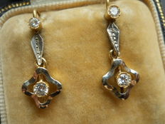 14 kt gold diamond dangle earrings set with ca. 0.3 ct. of diamonds