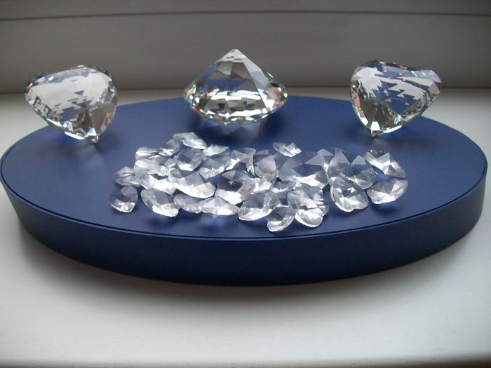Swarovski Clear Heart 40 Small Faceted Stone Clear Hearts Stunning Swarovski Display Stands
