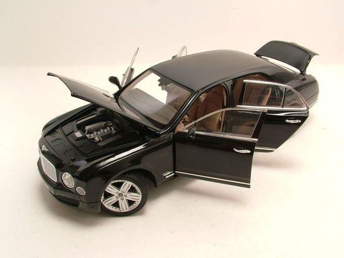 Rastar - Scale 1/18 - Bentley Mulsanne - Black