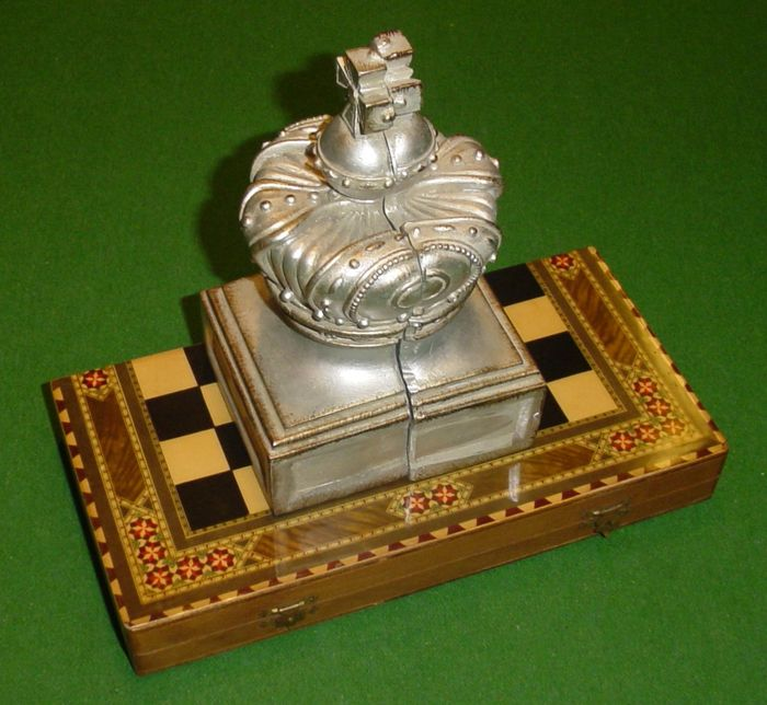 Beautiful chess game in combination with very decorative - Decorative beautiful chess sets ...